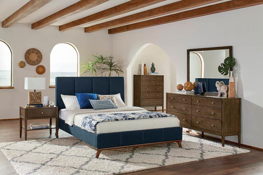 Queen bed (blue)
