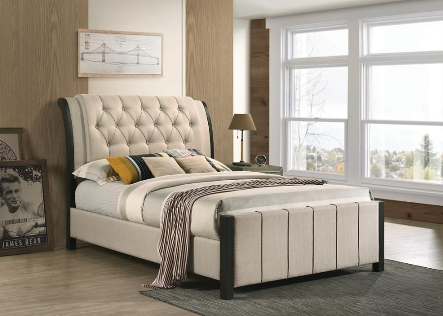 Lohrville Queen Button Tufted Upholstered Bed